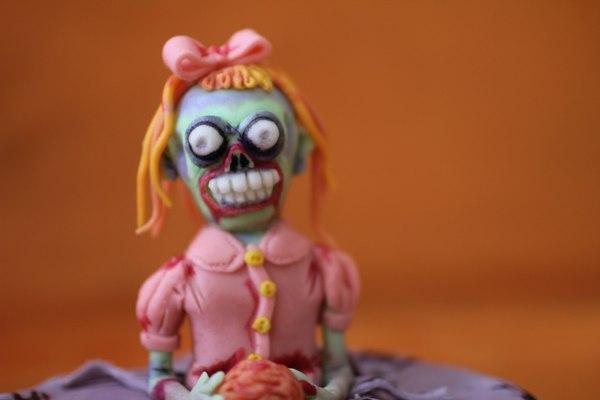 торт шутка с зомби