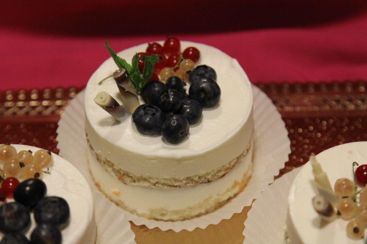 торт машинка рецепт с фото без мастики