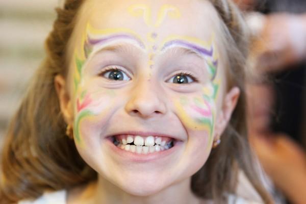 ребенок счастлив