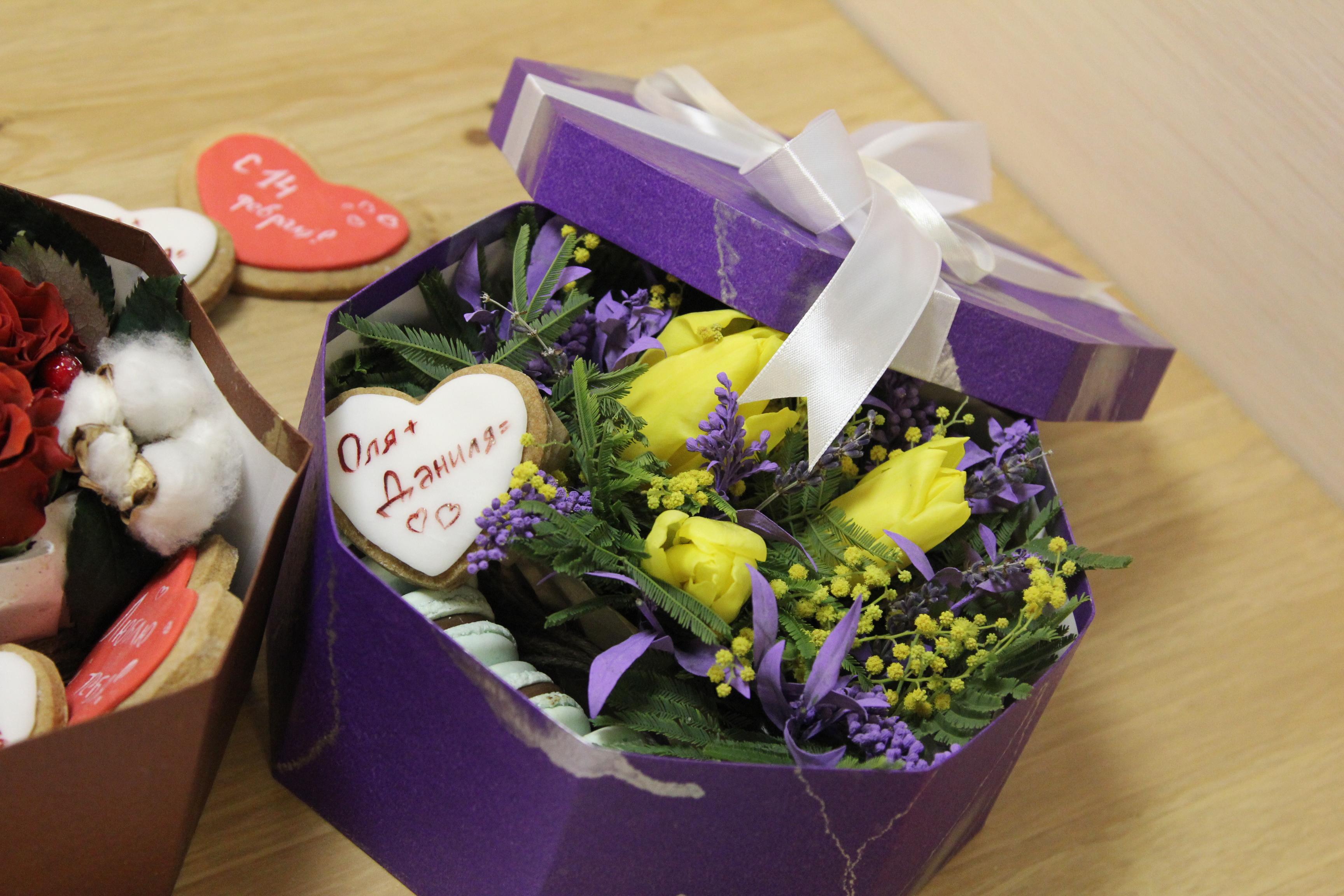 5 причин дарить цветы девушке просто так