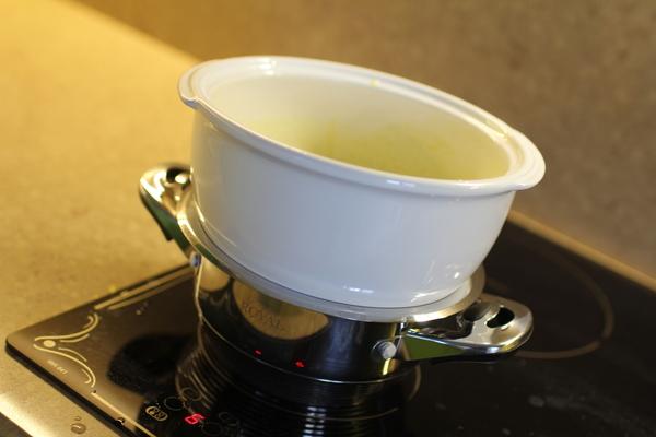 кастрюля миска водяная баня