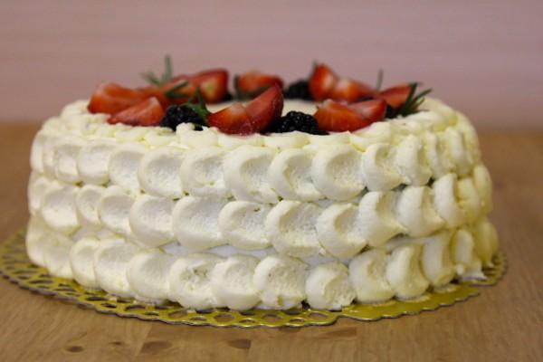 торт без мастики с кремом красивый ис тильный