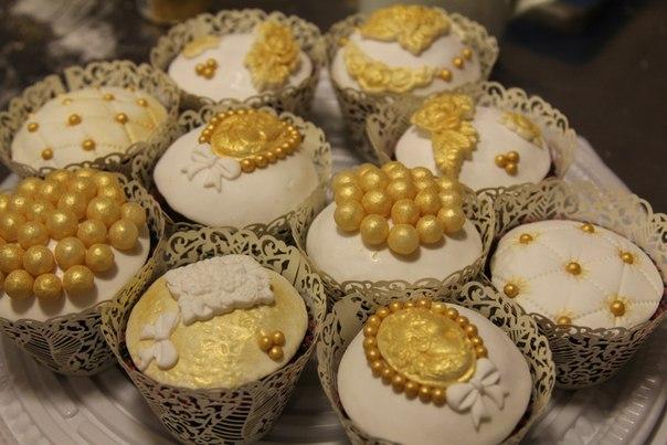 капкейки золотые кенди бар