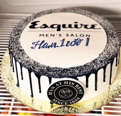 Корпоративный торт с для журнала Equire