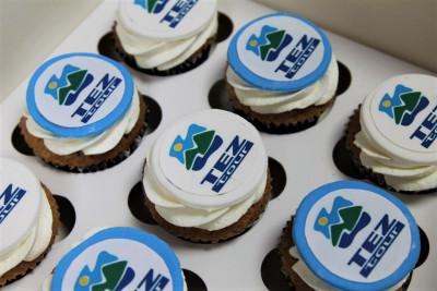 Капкейки с логотипом для Tez Tour