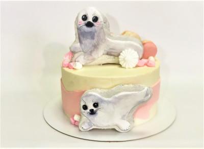 Торт с морскими котиками