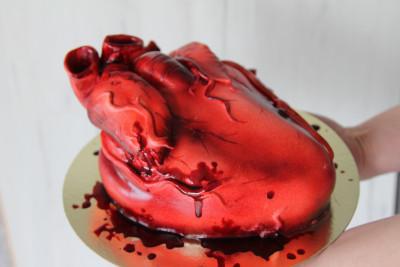 """Торт """"Сердце анатомическое"""""""