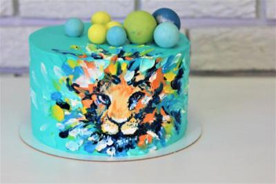 Яркий торт с изображением льва