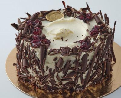 """""""Черный лес"""" шоколадный торт"""