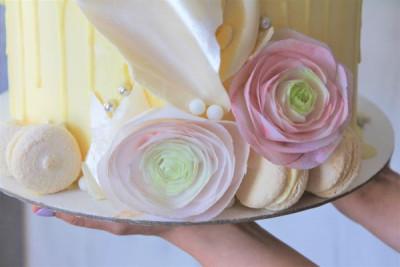 """Свадебный торт """"Вафельные цветочки"""""""