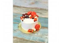 Красивый торт с макаронс и фруктами
